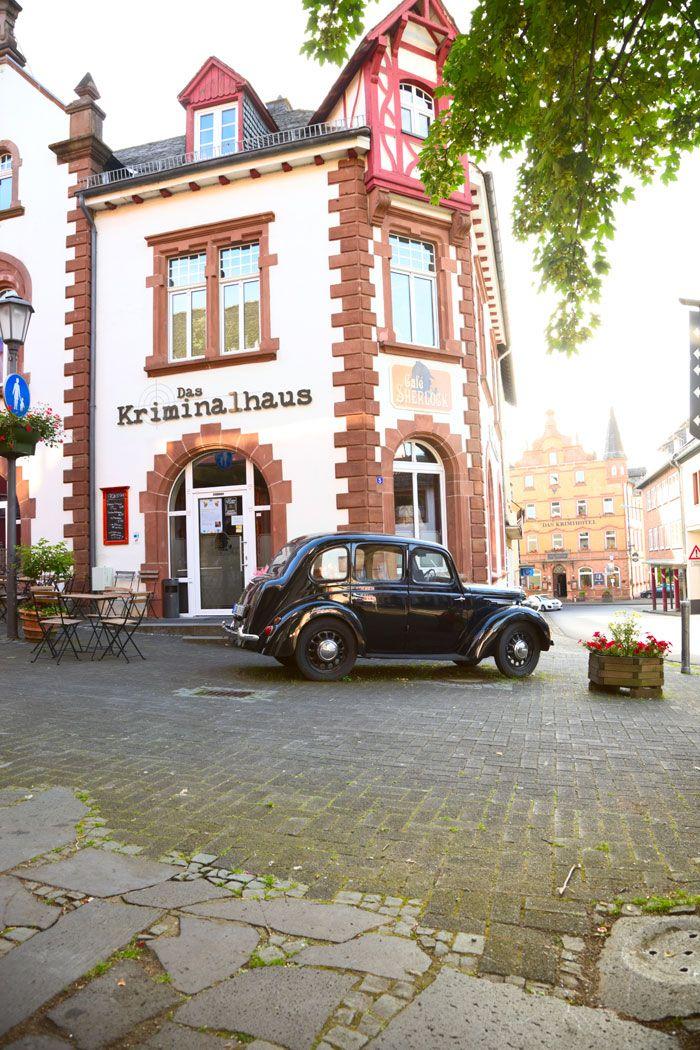 Kawiarnia Sherlocka w Hillesheim. Edyta Guhl. http://dolcevitainmykitchen.blogspot.de
