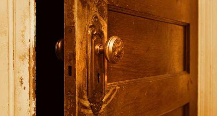 Η ανοικτή πόρτα: Το τεστ των τριών ερωτήσεων που δείχνει πως αντιδράτε σε κρίσιμες καταστάσεις