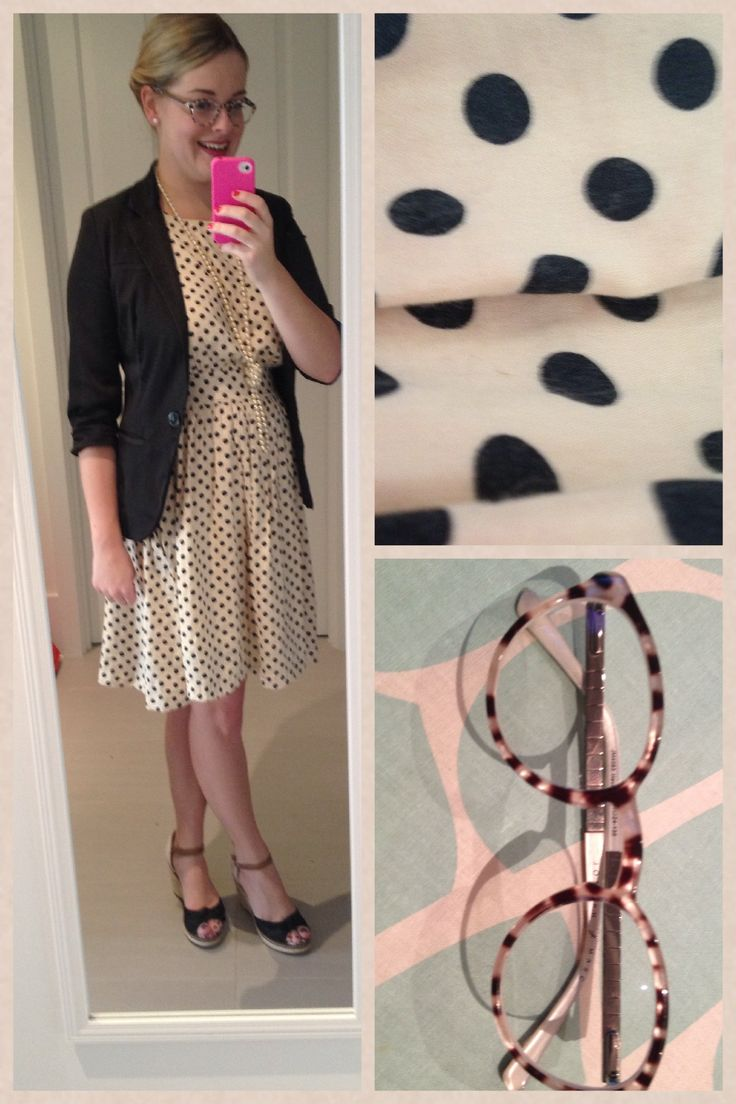 Day 22 of Frocktober: polka dots! I love wearing these glasses and this dress as they almost match perfectly. Dress is Emily and Finn.