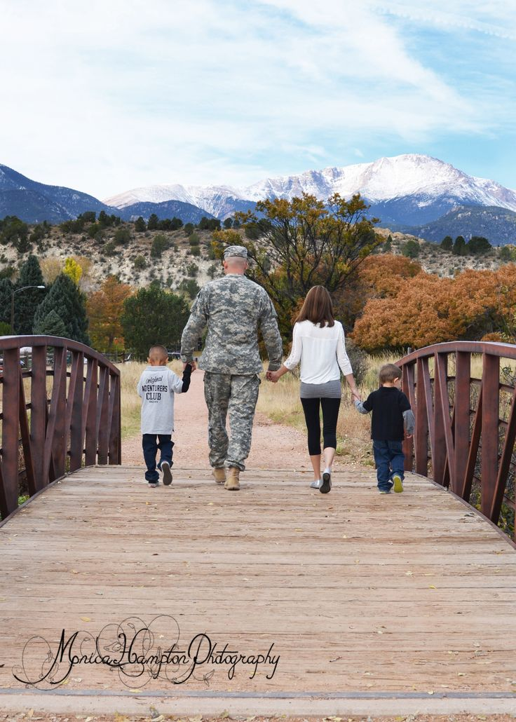 Military Family Portraits: walking across a bridge