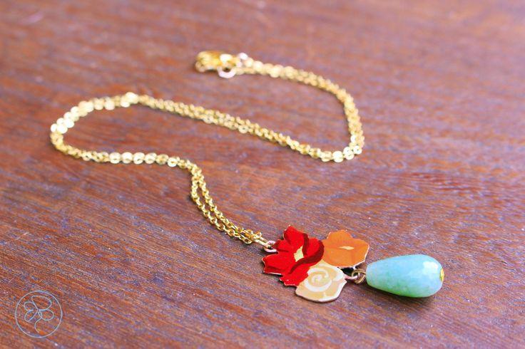 Collana Mazzolino fiorito di ispirazione DeCò con Giada : Collane di barbara-del-rio