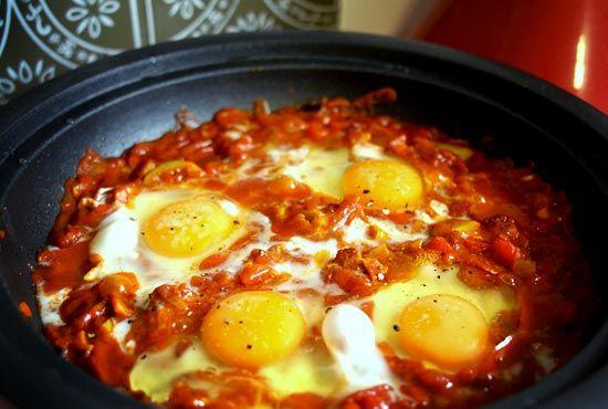 Shakshouka – Moroccan Egg Tagine | Eat Drink Paleo