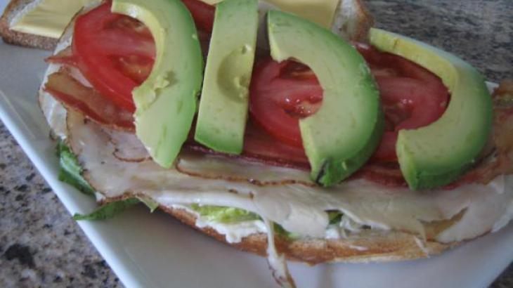 Super Easy Cobb Salad Sandwich (Deli-Style) Recipe | Yummly