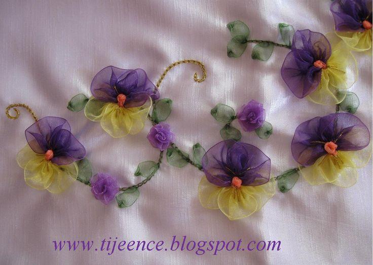 Ribbon Embroidery - Kurdela Nakışı - Hobilerim: Kurdela nakışı Hercai menekşe yapımı