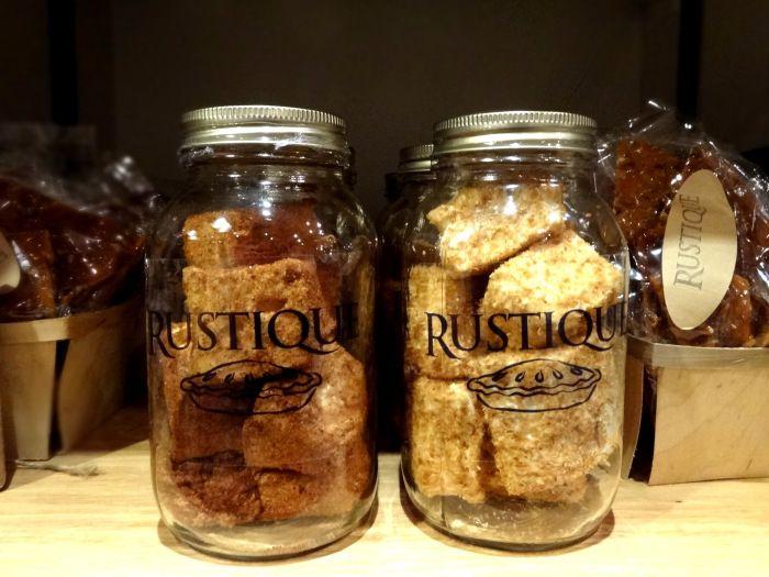 [Montreal: Rustique Pie Kitchen] http://wp.me/p3QPsI-qa