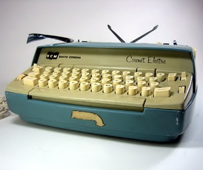 Vintage Smith Corona Coronet Electric Typewriter