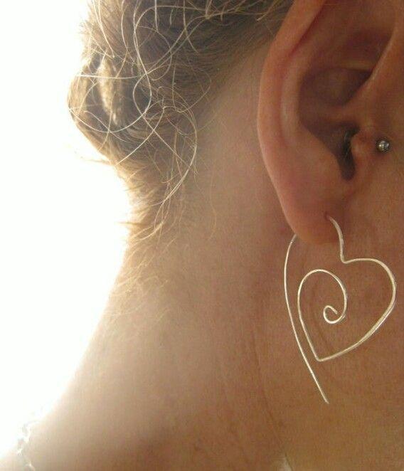 Diy heart shaped wire earring
