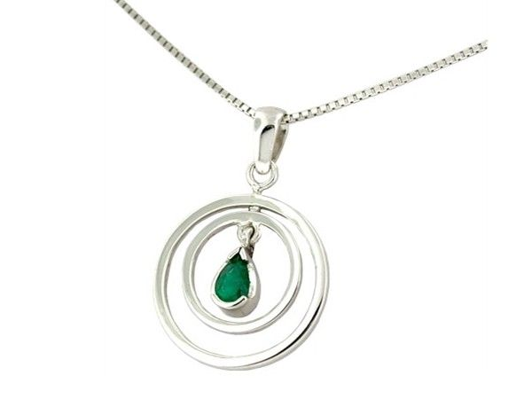 18K white gold emerald pendant necklace in 18K white gold and 0.19 Ct. pear shape natural Colombian emerald by www.GreenInGold.com #emeralds #pendant #necklace