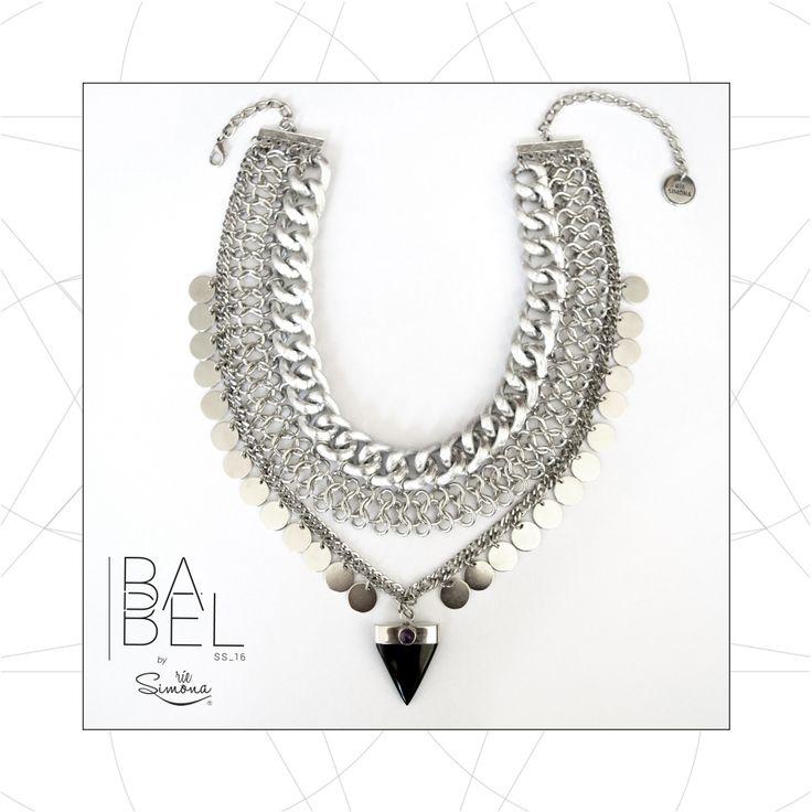 Barí Collar ○ Pechera con tríangulo de Obsidiana Negra y centro de Amatista.  Realizado en alpaca. Diseño exclusivo Rie Simona