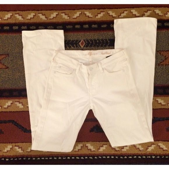 7 for all Mankind White Bootcut Jeans Like New! White Bootcut Jeans by 7 for all Mankind. These are lightly worn but amazingly have no stains or smudges. Also no loose seams, worn spots, or fraying. They are a little wrinkled from storage but ready to be trotted out for summertime! 7 for all Mankind Jeans Boot Cut