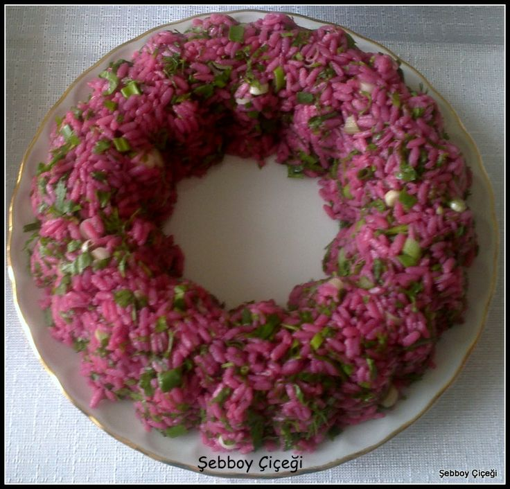 Pembe pirinç salatası