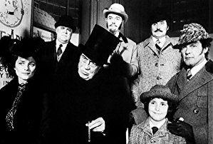 Roger Moore, John Huston, Patrick Macnee, Charlotte Rampling, and David Huddleston in Sherlock Holmes in New York (1976)
