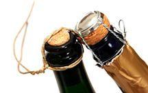 Sie wollen Wein lagern? Dann sollten Sie auf den Verschluss achten: Naturkorken garantiert eine gute Qualität des Weins auch bei längerer Lagerung.