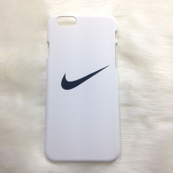 CLEARANCE ✨ White Nike iPhone 5 5s SE case Brand new!  Available for:                                                                     iPhone 5/5s/se  Tags / Brandy Melville / Victoria's Secret / PINK  ☾Dream Boutique ☾ Nike Accessories Phone Cases