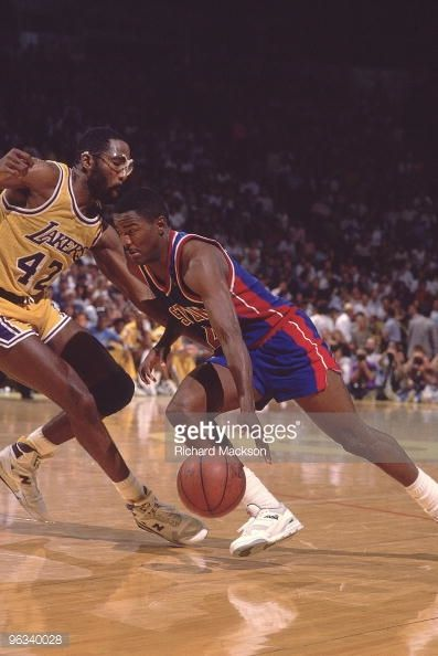 Fotografia de notícias : Detroit Pistons Joe Dumars in action vs Los...
