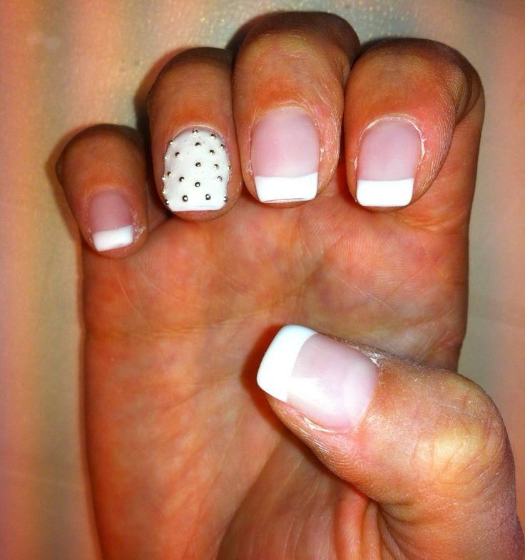Nails With french