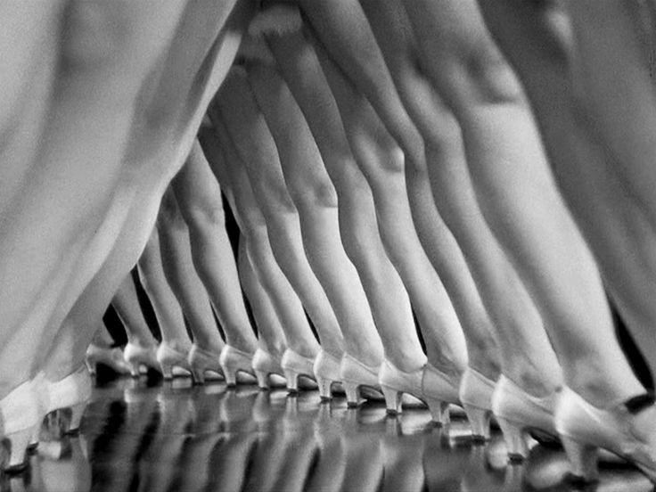 Busby Berkeley's dancers, 1930 - Good cover shot