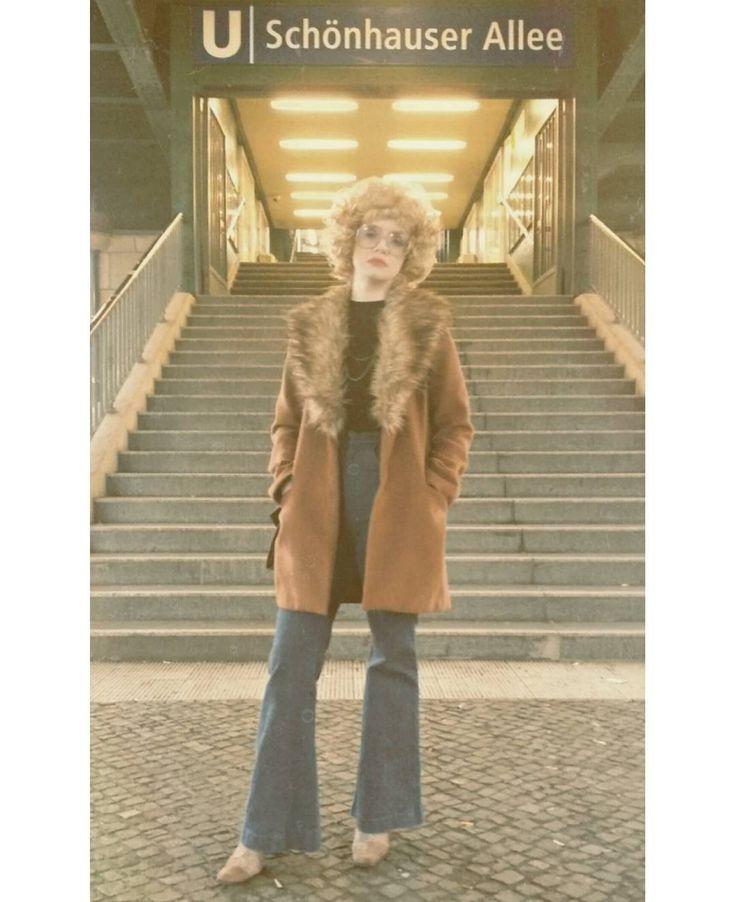 Winter in Berlin, 1977    #1977 #1970s #70s #70sfashion #70sstyle #70svibes #70shair #vintage #vintagefashion #vintagestyle #retro #retrofashion #retrostyle #retroglasses #old #oldfashion #oldschool #berlin #berliner #ddr #gdr #eastberlin #bighair #afro #disco