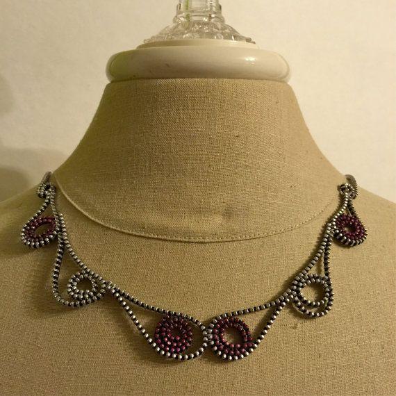 Paisley Zipper Necklace por FashionontheFly en Etsy