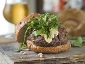 8 Out of This World Burger Ideas for Summer! Thanks to our #organicweek 2014 National Supporter @BerettaFarms #cottage #summer #bbq #Burgers