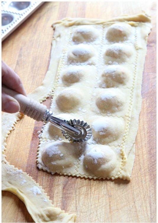The Italian Dish - Ravioli mold