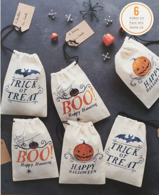 halloween canvas bags from marthastewartcrafts