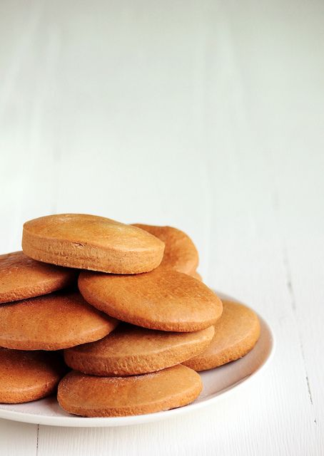 Honey Cookies by pastryaffair. Moist and filled with the spices of autumn. Yum!
