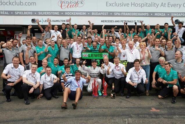 Nico Rosberg y MERCEDES AMG PETRONAS se llevan el #GPAlemania  #AutoBildMexico http://autobild.com.mx/f1/gp-alemania-2014/