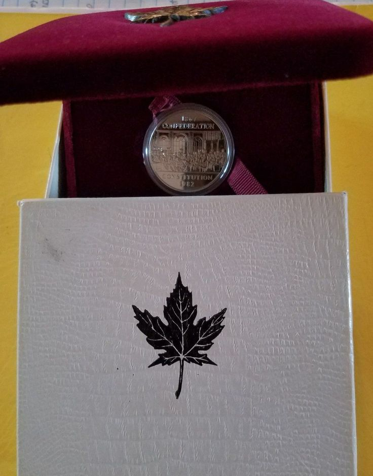 Item specifics     Grade:   Proof   Country/Region of Manufacture:   Canada     Circulated/Uncirculated:   Uncirculated      1982 Silver Dollar Proof Canada Confederation  Constitution Display & Outer...