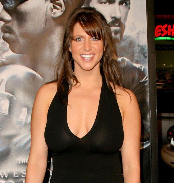 Stephanie McMahon Levesque | Stephanie McMahon-Levesque: Behind The Scenes