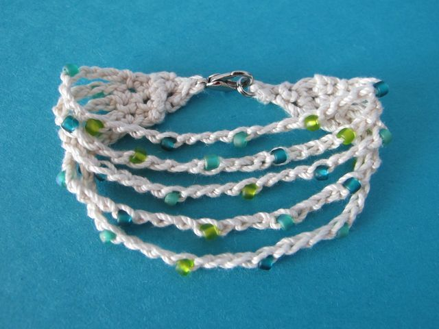 Summer Cotton Crocheted Bracelet By Jenn - Free Crochet Pattern - (windrosefiberstudio.blogspot)