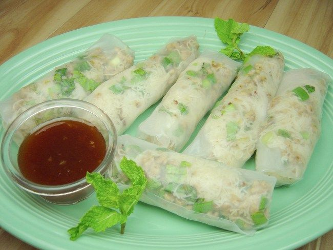 Delicious Soft Rice Paper Rolls Filled With Spicy Chicken Rice Noodles And A Deliciously