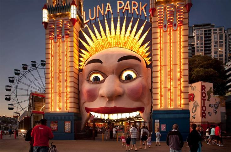 17 best images about sydney vs melbourne on pinterest for Puerta 9 luna park