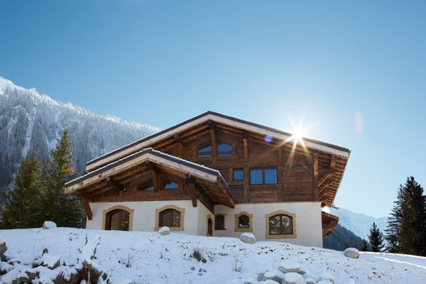 Chalet Libellule: Luxury ski chalet sleeping 12 people next to Les Grands Montets Ski Station.
