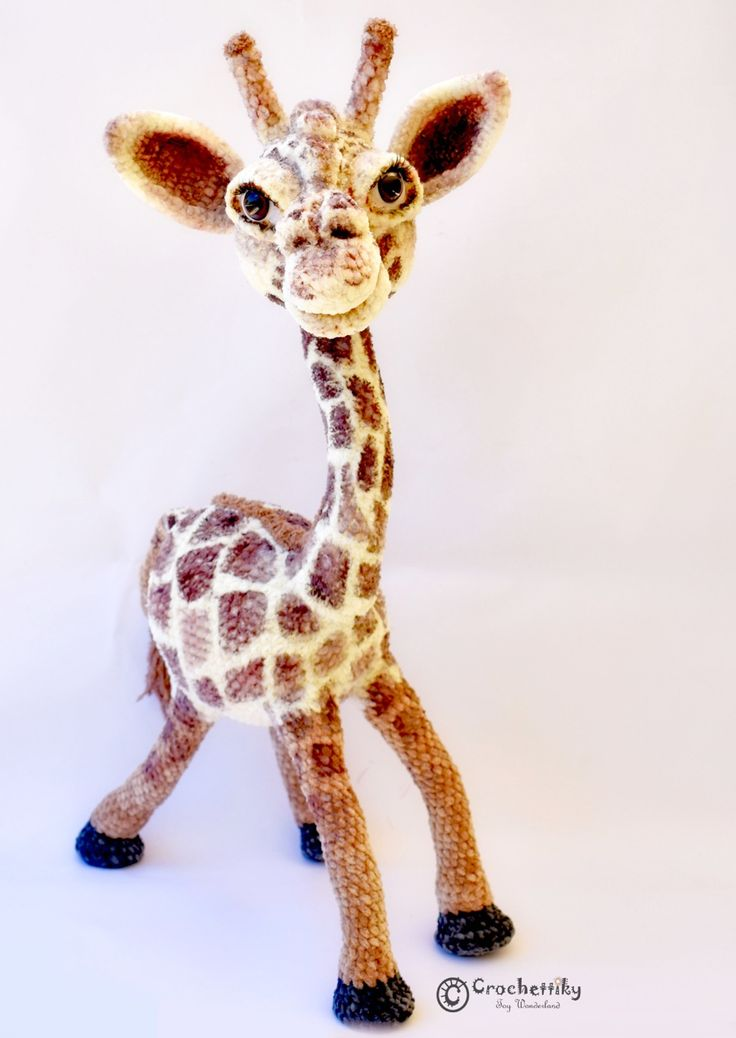 Crochetiiky Jane the Giraffe
