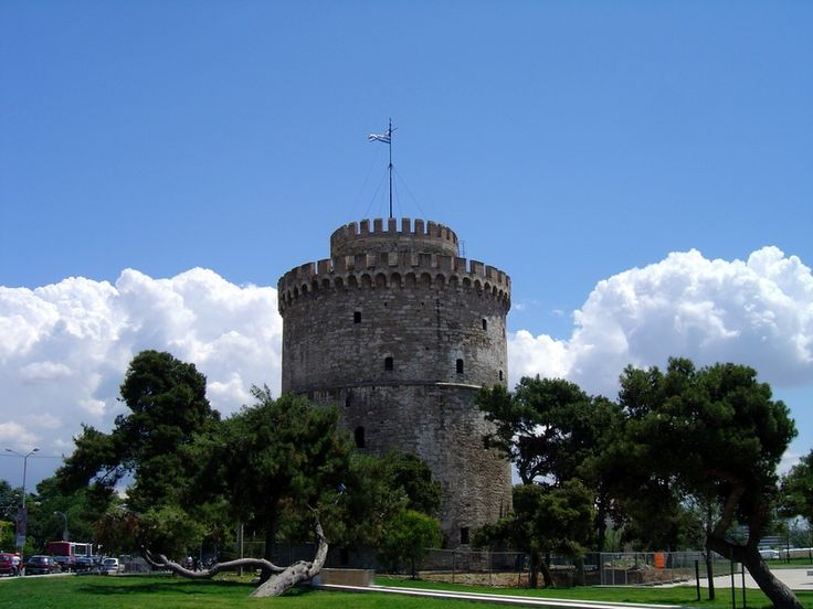 The White Tower - The symbol of the city !!!