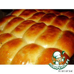 Мой фирменный рецепт пирожков - Яйцо куриное (в тесто-5 шт; для смазывания-1 шт;) — 6 шт Сахар-песок — 1/2 стак. Молоко (коровье) — 0,5 л Дрожжи свежие — 25 г Мука пшеничная — 1,5 кг Соль — 1/2 ч. л. Масло сливочное — 60 г Масло растительное — 0,5 стак. Печень говяжья — 0,5 кг Легкое говяжье — 0,4 г Лук репчатый — 2 шт