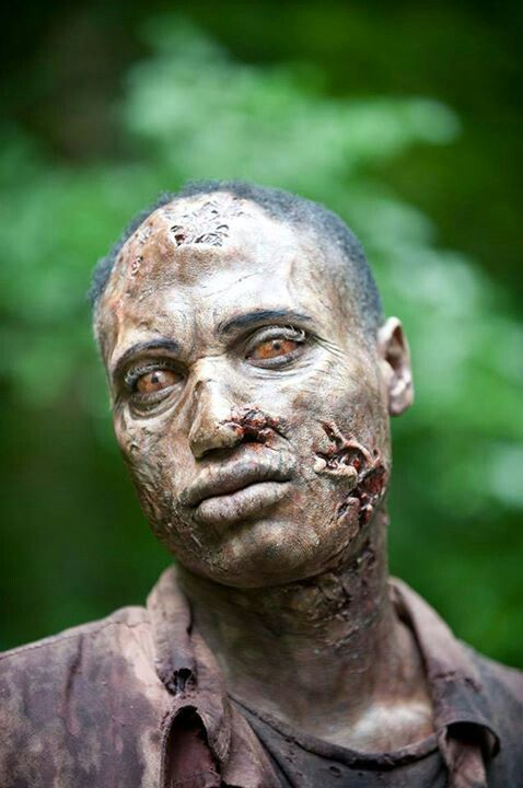 More from Greg Nicotero and the makeup EFX wizards on The Walking Dead.____!!!!