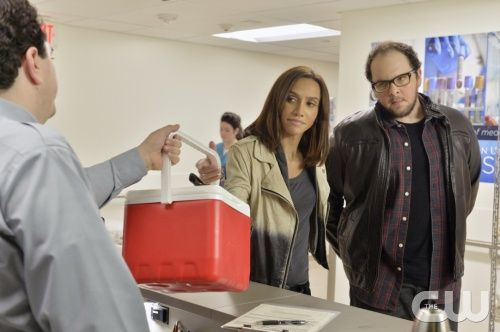 """Beauty and the Beast -- """"Don't Die on Me"""" -- Image Number: BB209a_0318.jpg -- Pictured (L-R): Nina Lisandrello as Tess and Austin Basis as JT-- Photo: Ben Mark Holzberg/The CW -- © 2013 The CW Network, LLC. All rights reserved."""