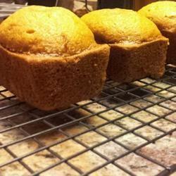 Pumpkin bread - Yummy and super healthy! Click for recipe