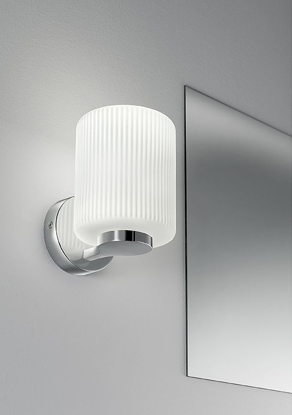 Bathroom wall light with ribbed opal glass