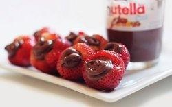 YUM: Desserts, Nutella Fillings, Nutella Stuffed, Food, Fillings Strawberries, Yummy, Filled Strawberries, Stuffed Strawberries, Nutella Strawberries