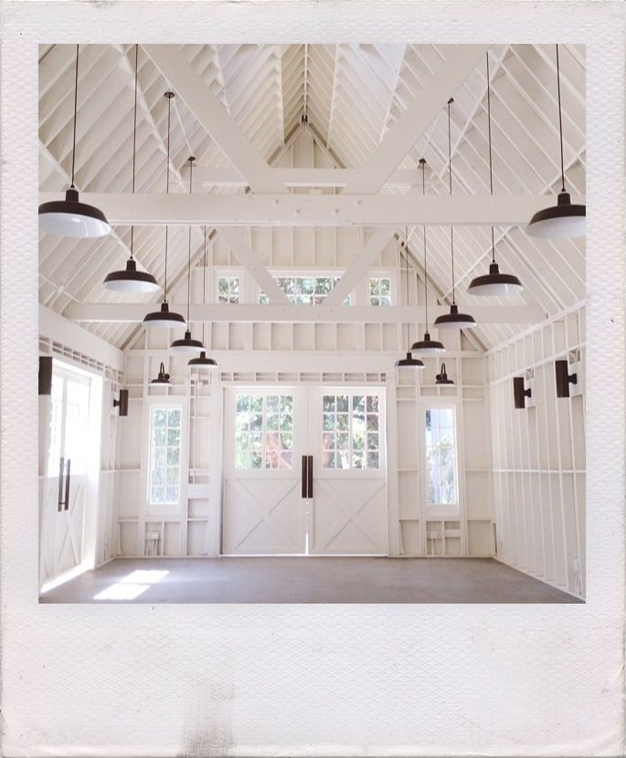 beautiful all white venue - Lombardi Barn Hollywood CA