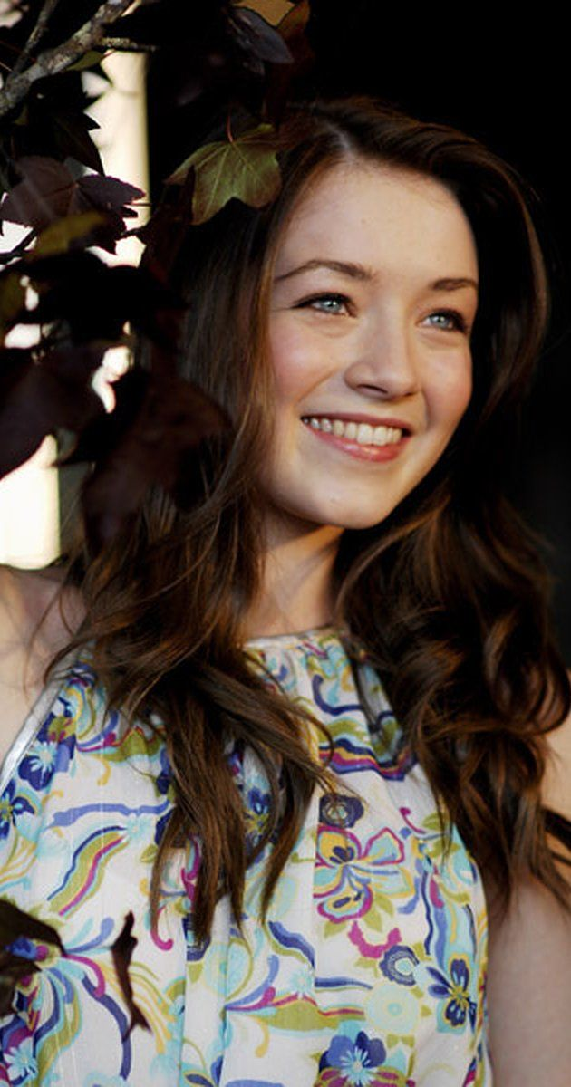 Sarah Bolger, Actress: In America. Sarah Bolger was born on February 28, 1991 in Dublin, Ireland. She is an actress, known for In America (2002), The Spiderwick Chronicles (2008) and Alex Rider: Operation Stormbreaker (2006).