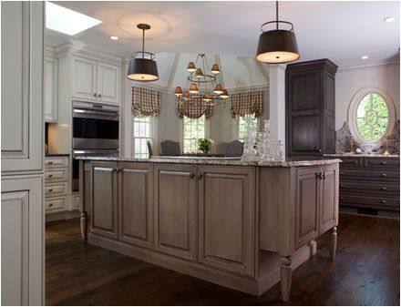 Traditional Woodbury | Crystal Cabinets