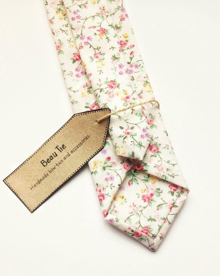 Mens skinny tie, floral skinny tie, pink skinny tie, mens floral tie, necktie, ditzy floral print by BeauTieUK on Etsy