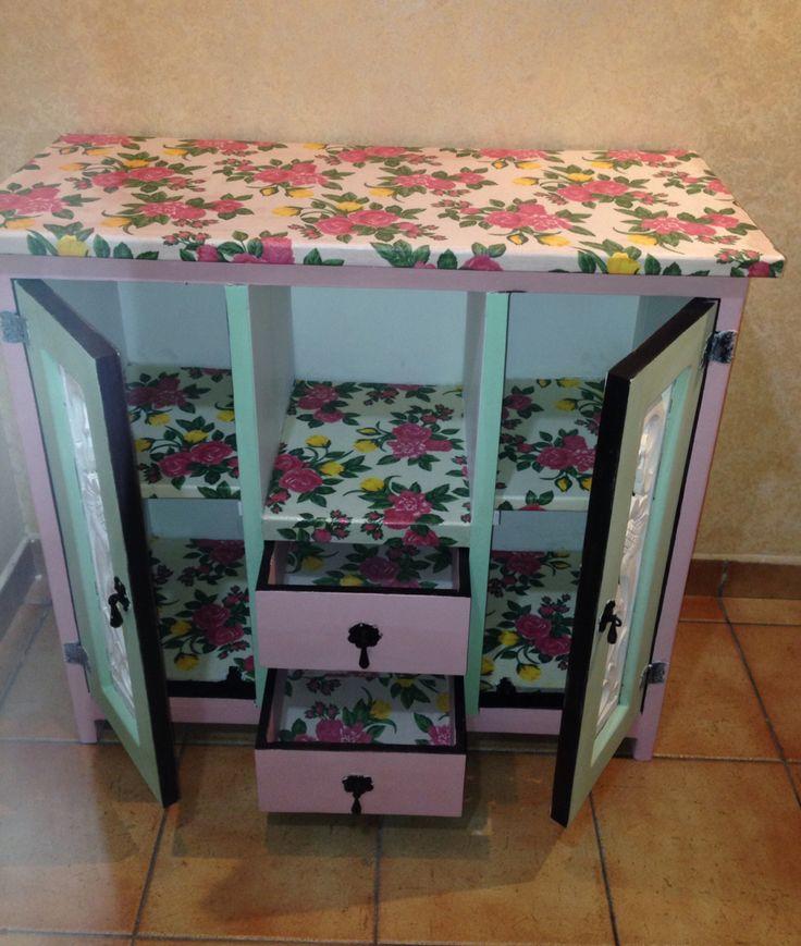 Mueble reciclado, decorado con tela