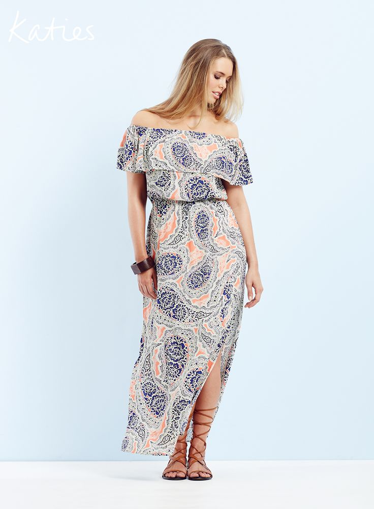THE OFF THE SHOULDER DRESS / Master the art of effortless style with our 70's inspired paisley print off the shoulder dress. This is your must-have dress for summer.