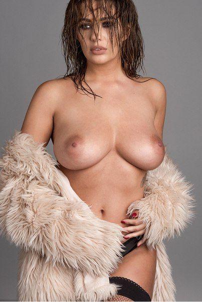 Холли Пирс (Holly Peers) голая