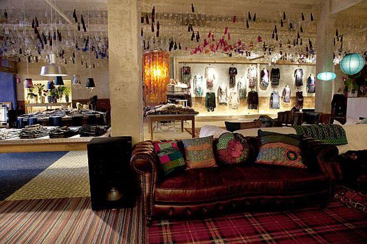 Fashion Showroom Design